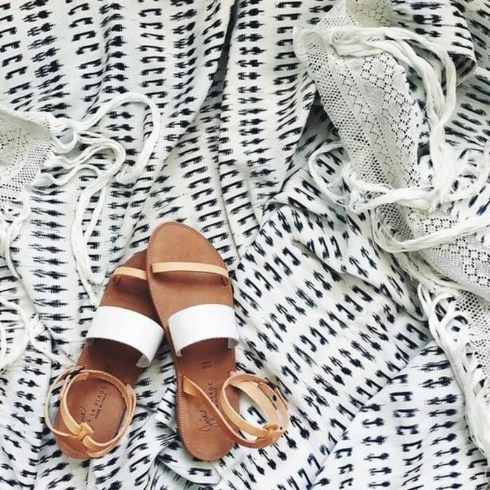 sandales-blanches-les-dernieres-tendances-chez-les-sandales-femme-design-2016