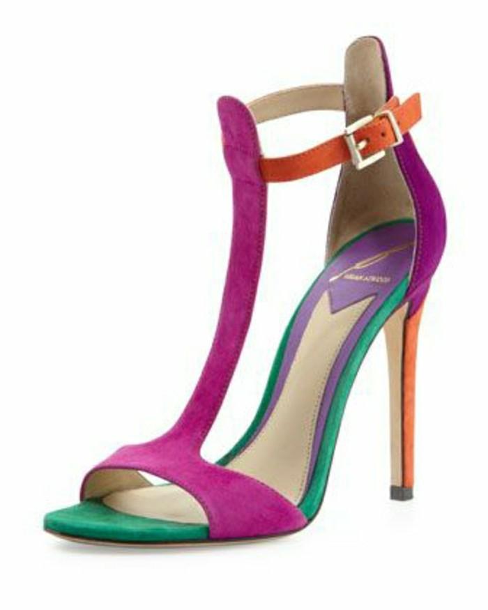 sandales-colorés-femme-les-dernieres-tendaces-pour-2016-chaussures-femme