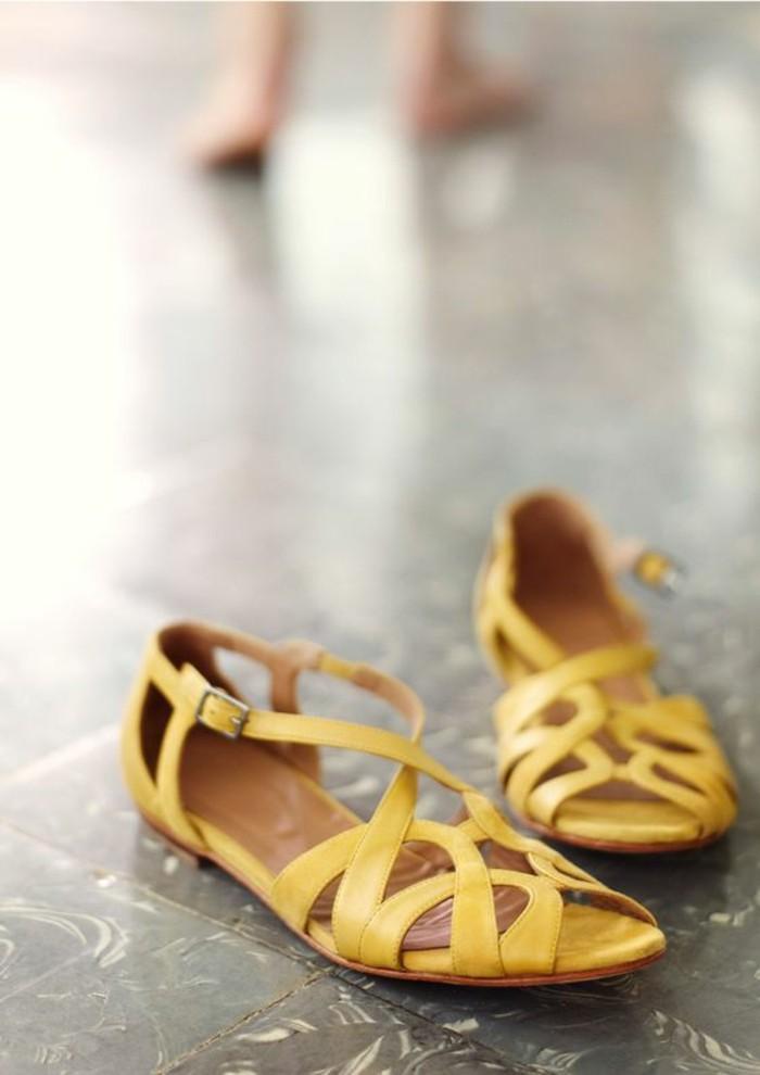 sandales-femme-chaussures-d-ete-femme-de-couleur-jaune-pour-les-femmes-chic