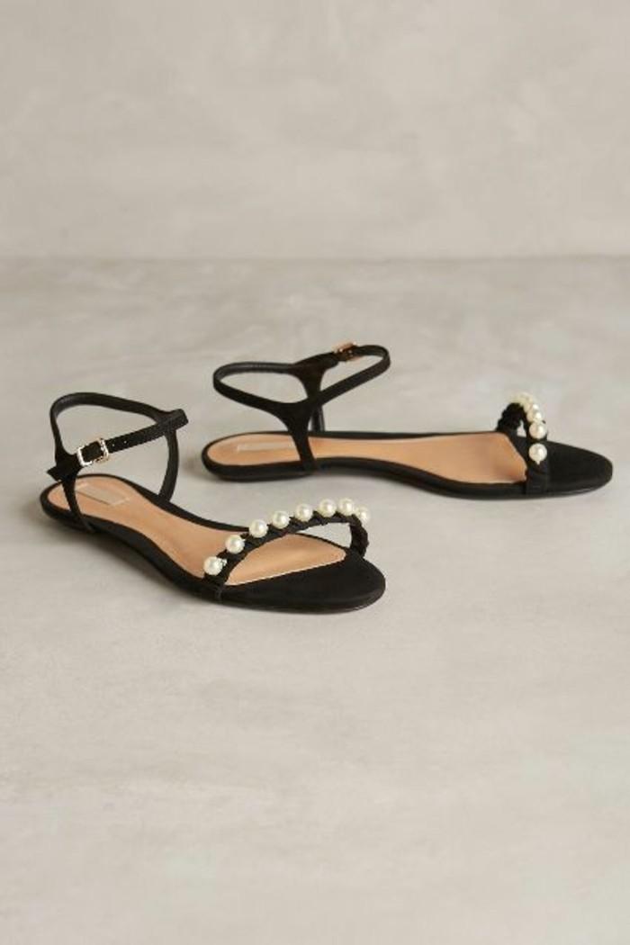 sandales-noires-design-femme-les-dernieres-tendances-de-la-mode-sandales-pas-cher