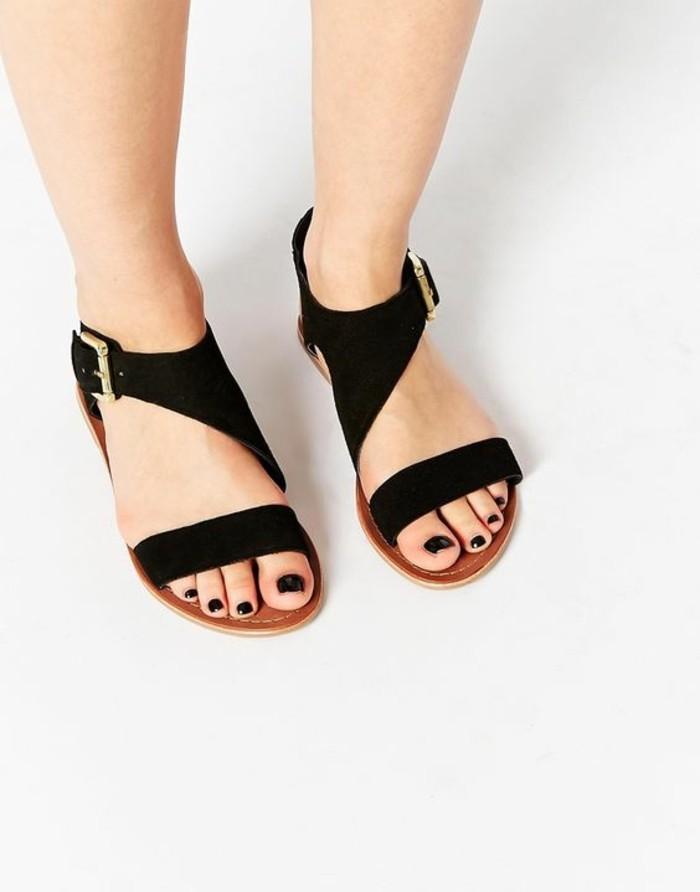 sandales-noires-femme-design-2016-mode-femme-spartiales-femme-sandales-noires