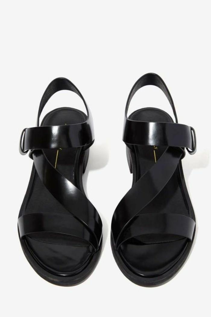 sandales-noires-femme-design-en-cuir-noir-sandales-pas-cher-femme-2016