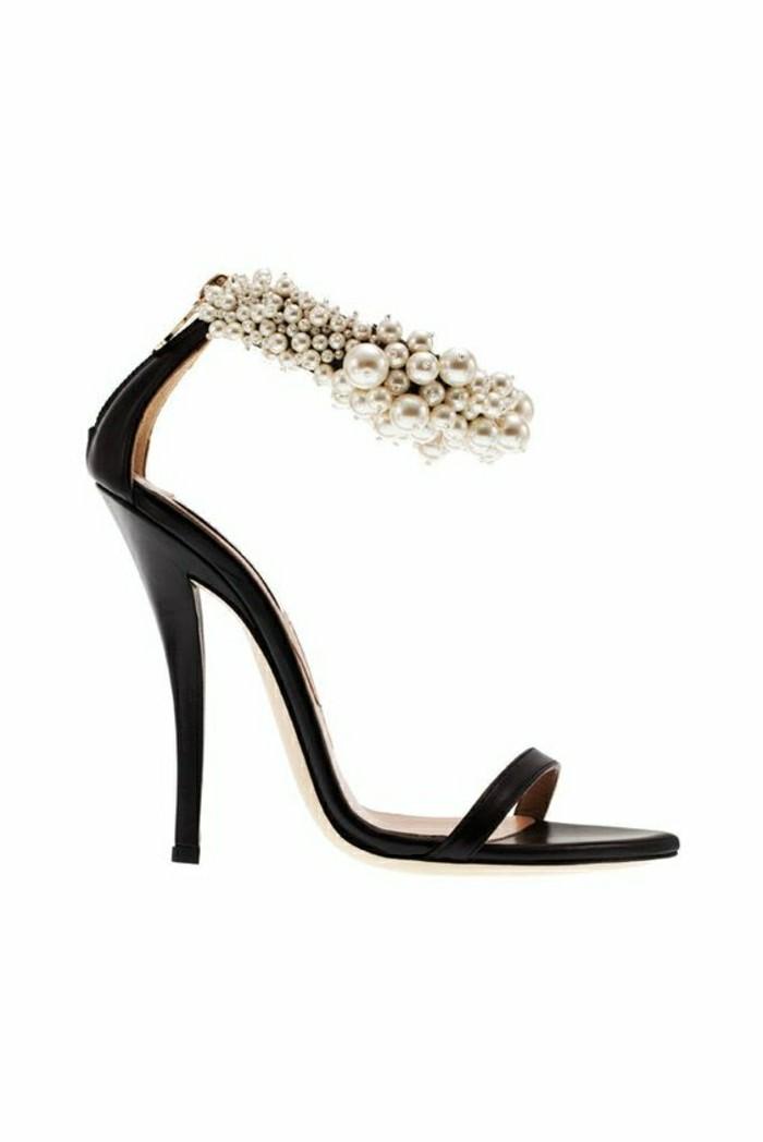 sandales-noires-femme-tendaces-mode-2016-sandales-noires-a-talons