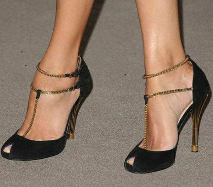 sandales-noires-gucci-les-meilleurs-modeles-de-chaussures-femmes-modernes