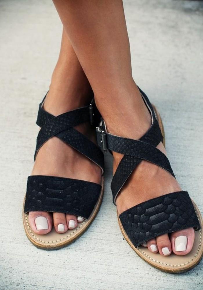 sandales-noires-pour-l-ete-2016-chaussures-femme-sandales-noires