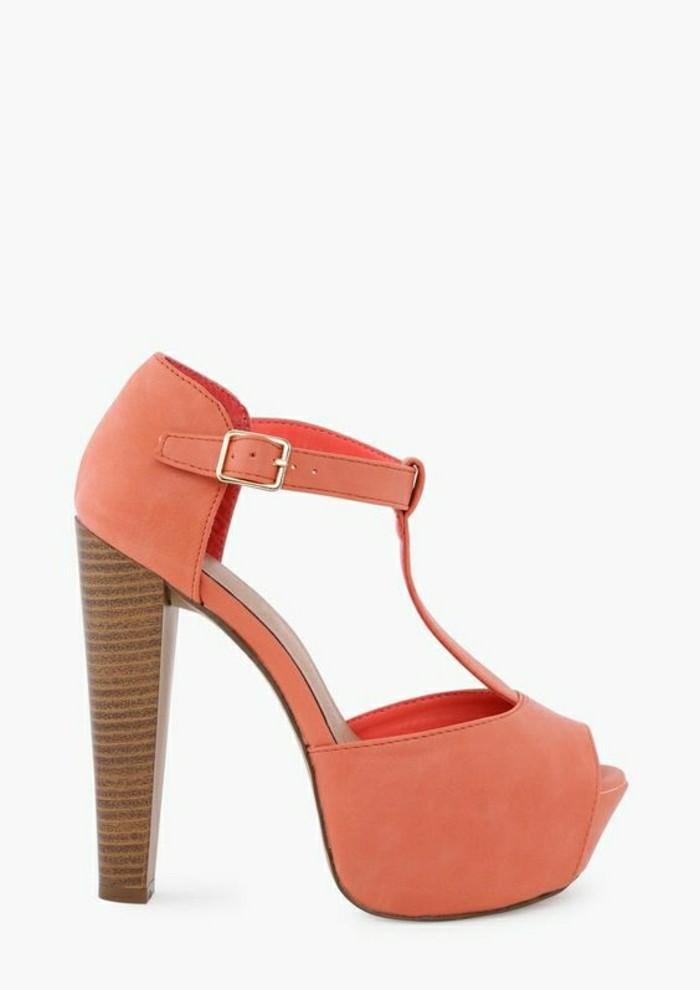 sandales-roses-pales-design-femme-dernieres-tendances-de-la-mode