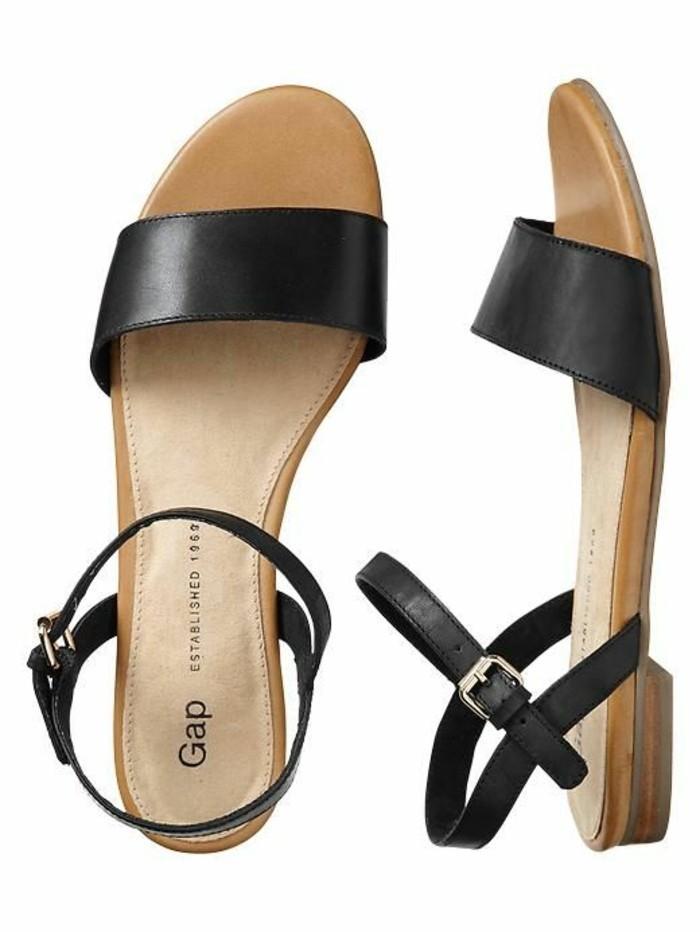 chaussures de sport e1990 ee9d6 Les dernières tendances chez les sandales plates! - Archzine.fr