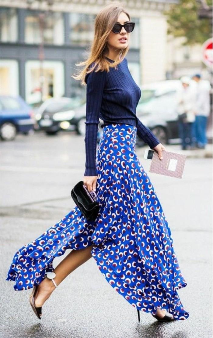 splendide-jupe-longue-blanche-tenue-de-jour-en-bleu