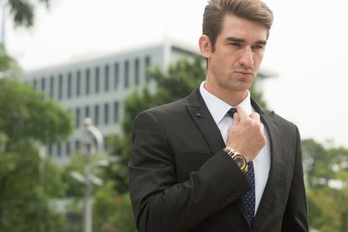 style-vestimentaire-homme-garde-robe-homme-style-de-coiffure-homme