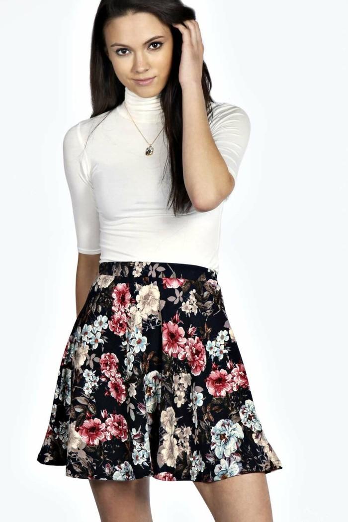 superbe-idée-quoi-porter-jupe-tube-jupe-évasée-robe-boule-style-florale