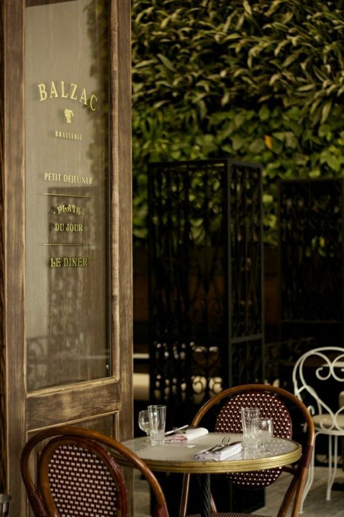 Les meilleurs restaurants de paris o aller pour d ner for Table d exterieur pas cher