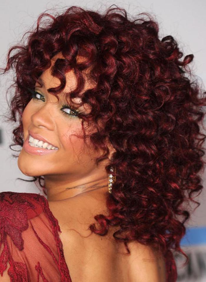 teinture acajou cheveux acajou rihanna - Coloration Cheveux Acajou