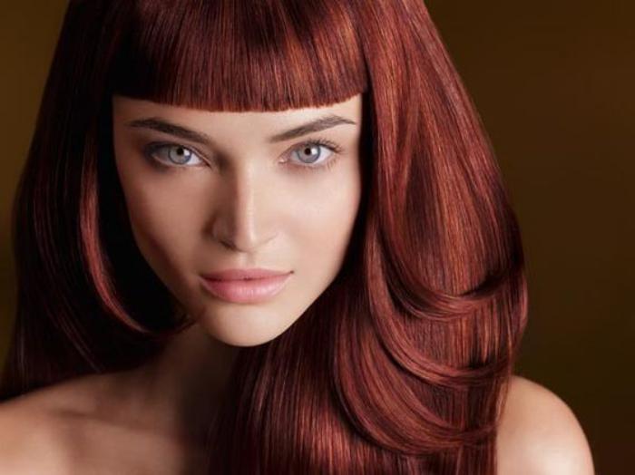 teinture-acajou-coiffure-couleur-acajou