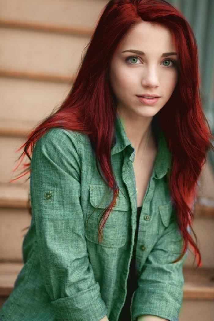teinture-acajou-couleur-des-cheveux-brillante