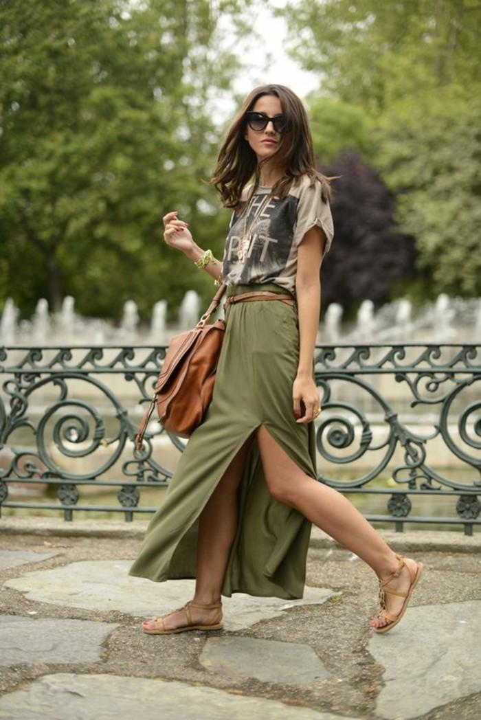 tenue-moderne-jupes-longues--jupe-plissée-cool-idee