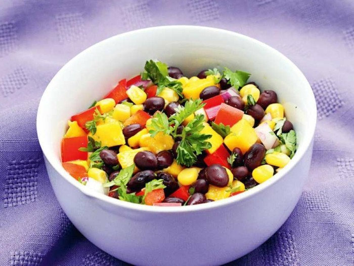 this-easy-salad-combines-canned-vegetables-with-fresh-fruit