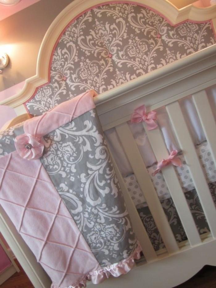 tour-de-lit-bébé-pas-cher-pour-fille-amenagement-chambre-bebe-de-luxe
