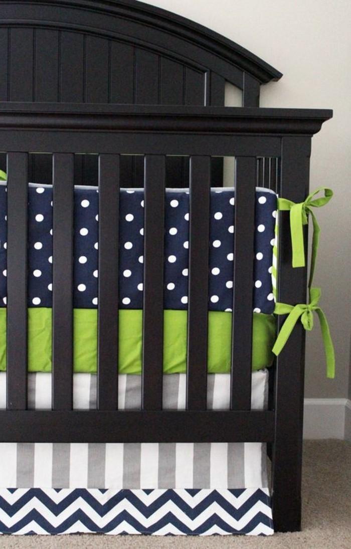 tour-de-lit-bébé-pas-cher-pour-garçon-comment-choisir-le-tour-de-lit-parfaite
