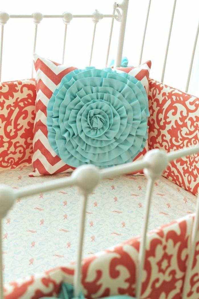 tour-de-lit-bebe-rose-et-blanc-chambre-bebe-fille-les-meilleurs-idees-pour-votre-chambre-bebe