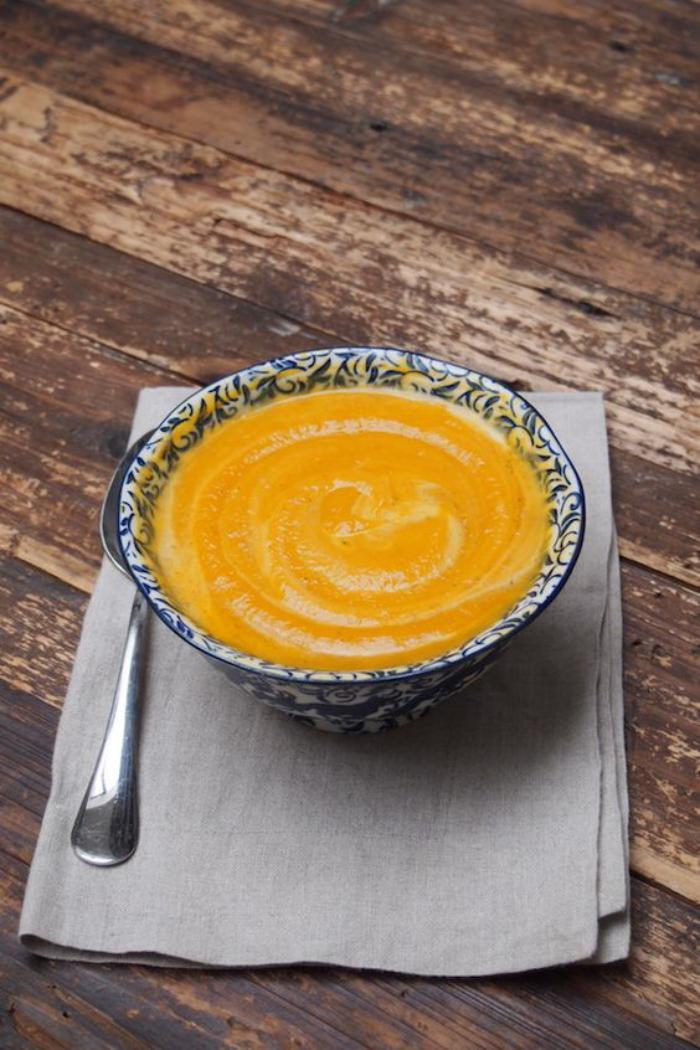 velouté-de-carottes-soupe-facile-à-réaliser