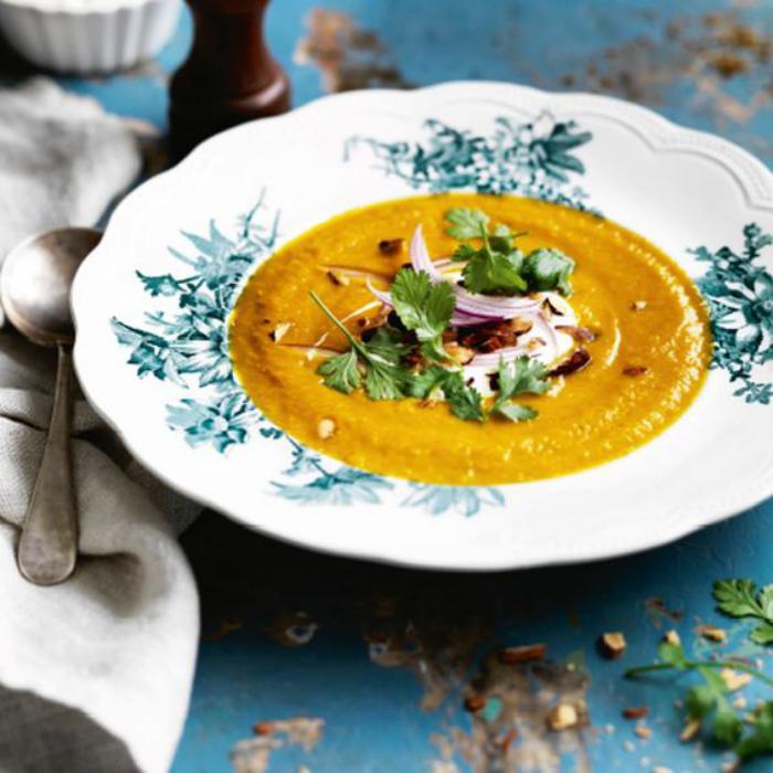 velouté-de-carottes-soupes-éauilibrées-aux-carottes