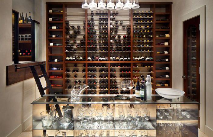 verre-a-champagne-verre-tulipe-idée-deco-merveilleuse-encastrer-rangement-bouteilles-mural