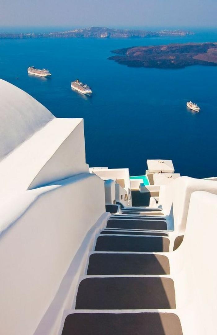 visiter-mykonos-paradis-en-grece-ile-belle-nature-escaliers