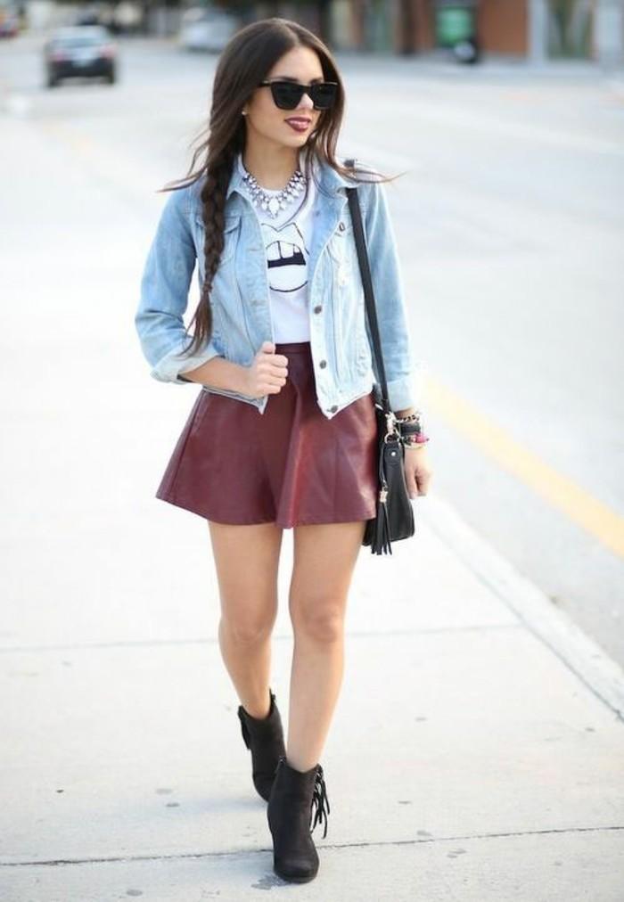 voir-jupe-courte-patineuse-style-bohème-chic-accessoires-cool-à-mettre-belle