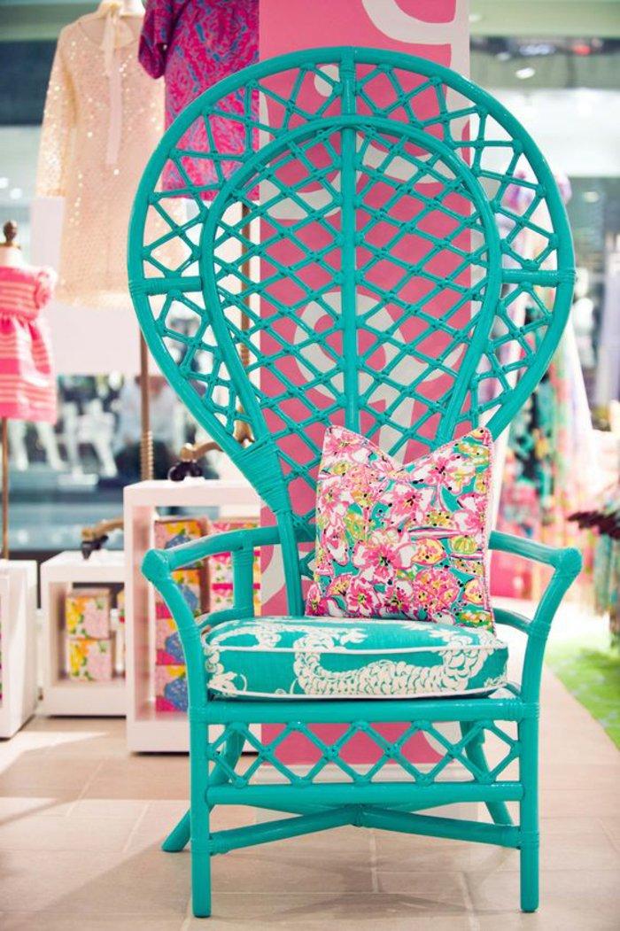 voir-les-meilleures-idées-design-chaises-en-rotin-chaise-osier-canape-rotin-bleu-fleurie