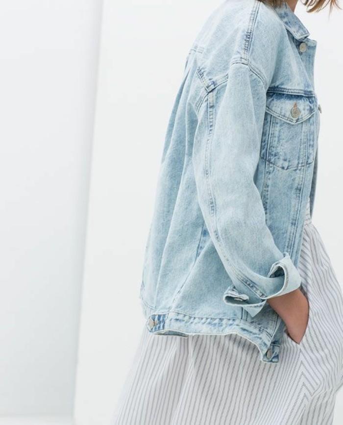 zara-femme-veste-en-denim-jupe-longue-aux-rayures-jupe-moderne-denim-veste-femme