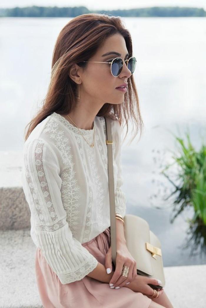 0-blouse-blanche-dentelle-jupe-rose-pale-collection-printemps-été-2016-femme