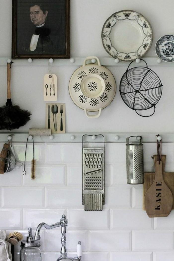 0-etagere-cuisine-ikea-cuisine-moderne-avec-rangement-mural-pour-les-objets-de-cuisine