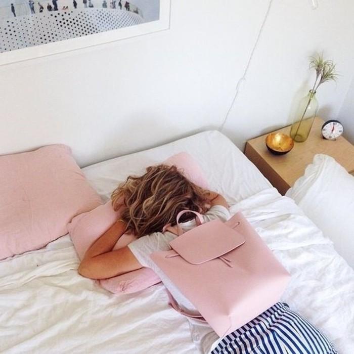 0-joli-sac-a-dos-rose-pale-en-cuir-collection-printemps-été-2016-femme