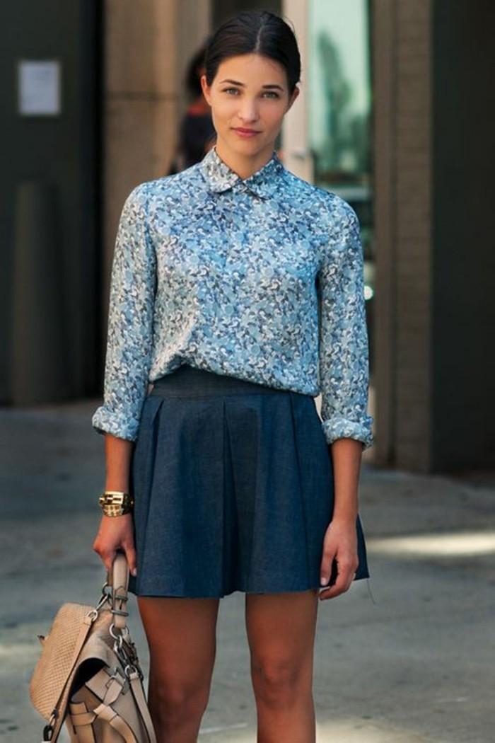 Comment porter la jupe en jean 80 id es en photos - Chemise en jean femme comment la porter ...