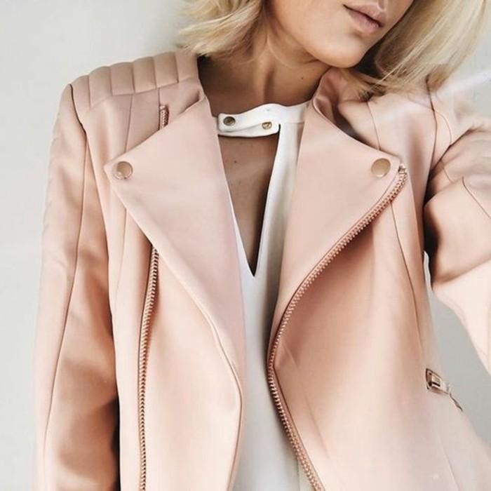 0-veste-en-cuir-de-couleur-rose-pale-tendances-de-la-mode-veste-en-cuir-rose-top-blanc