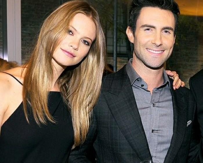 0adam-levine-et-behati-prinsloo-couples-amoureux-hollywood-les-meilleurs-couples-celebres