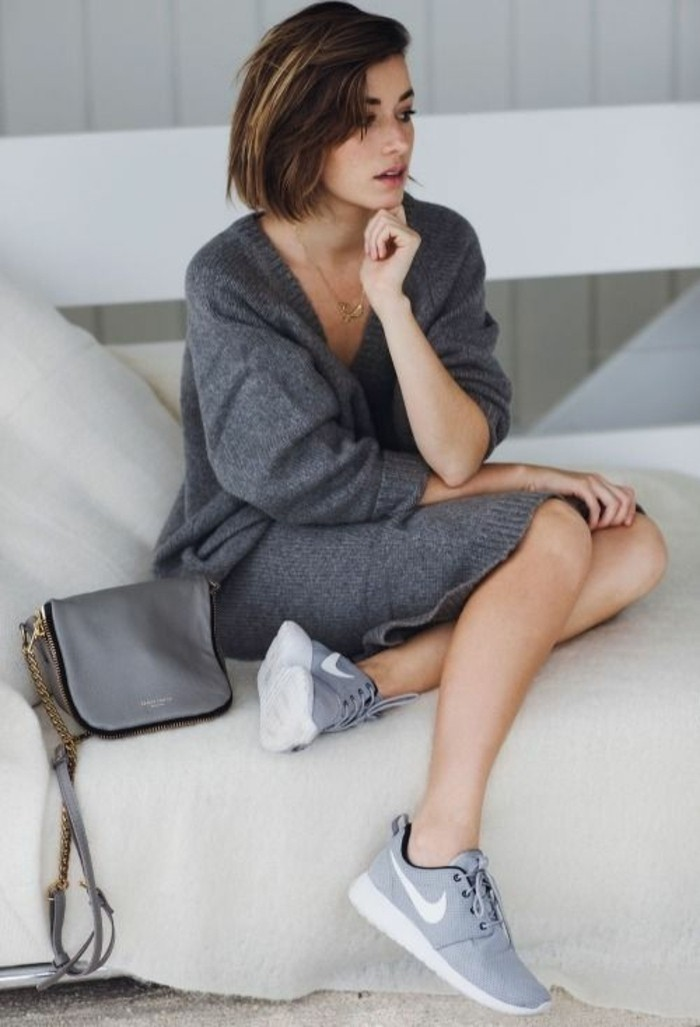 1-baskets-gris-tendances-pour-les-femmes-modernes-gillet-grise-femme