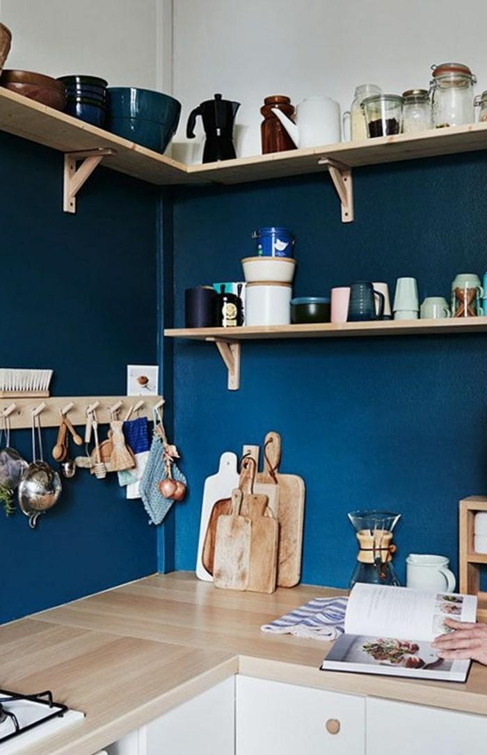 Le rangement mural comment organiser bien la cuisine - Comment ranger les foulards ...