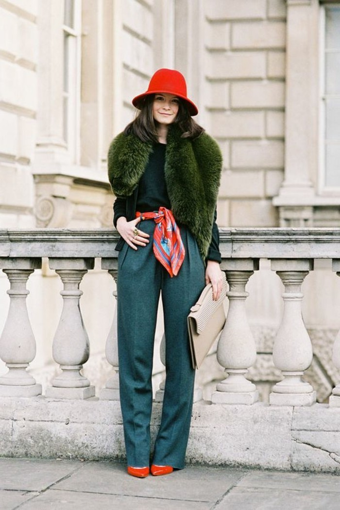1-gilet-long-sans-manche-femme-vert-olive-comment-porter-un-gilet-femme-pantalon-vert-pincé