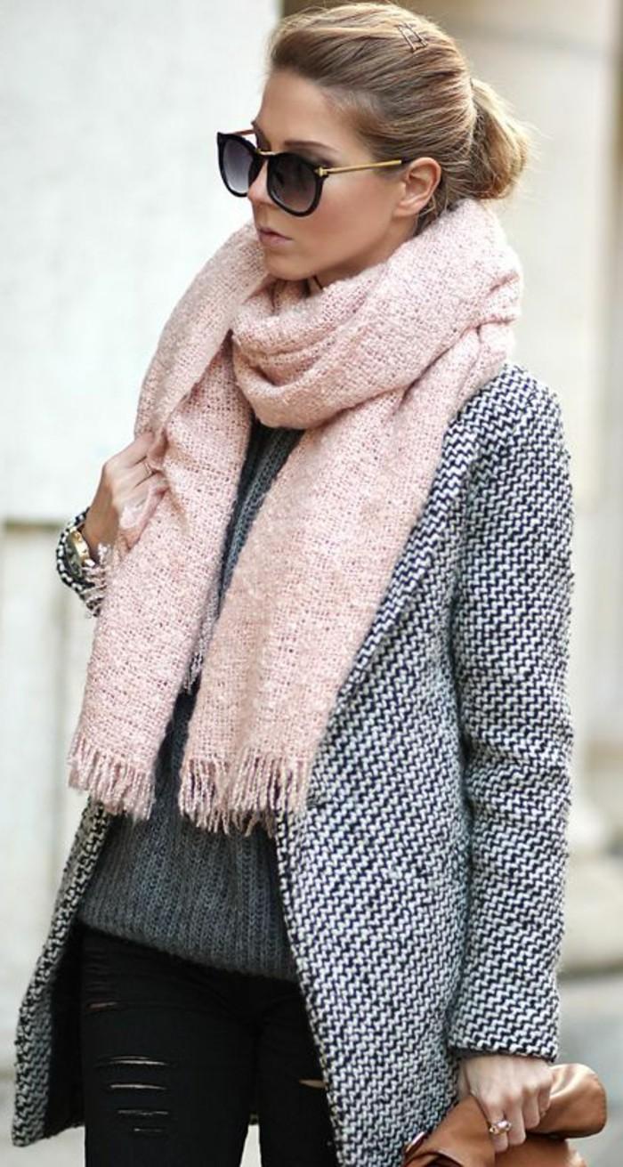 1-joli-echarpe-en-rose-pour-les-femmes-modernes-rose-gris-lunettes-de-soleil-noir