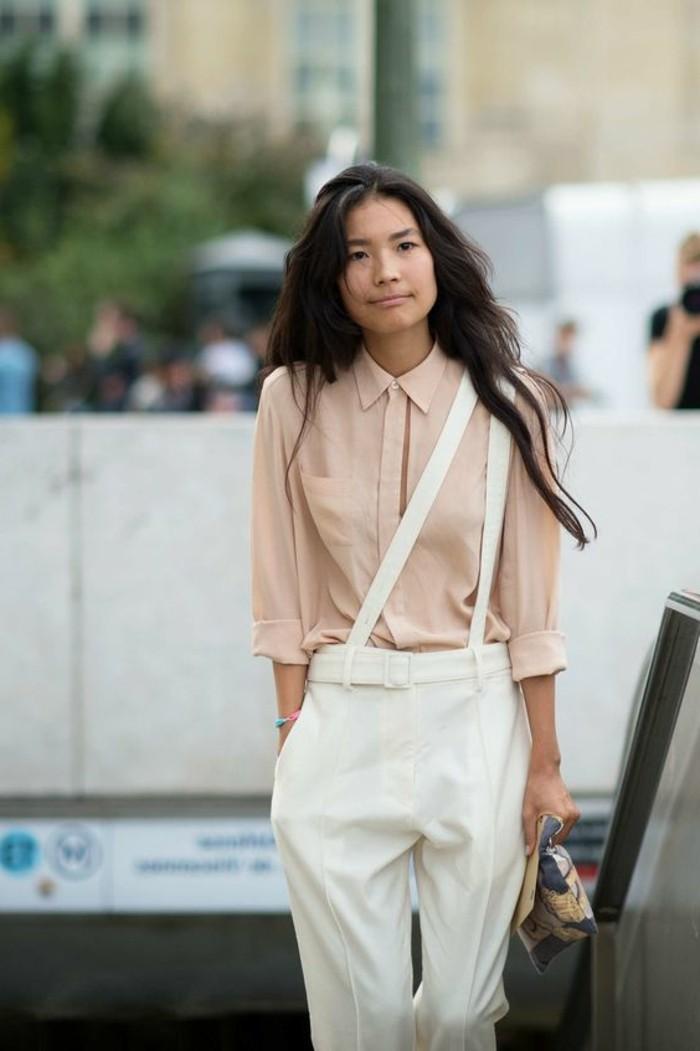 1-outfut-elegant-pantalon-elegant-blanc-et-chemise-rose-pale-femme-moderne-pantalon-pince