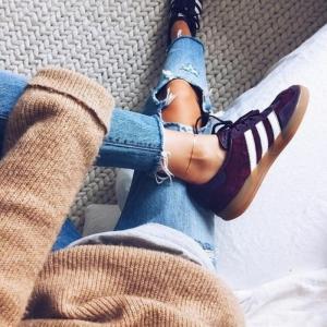 Les sneakers femme, comment les porter avec style? 85 photos!