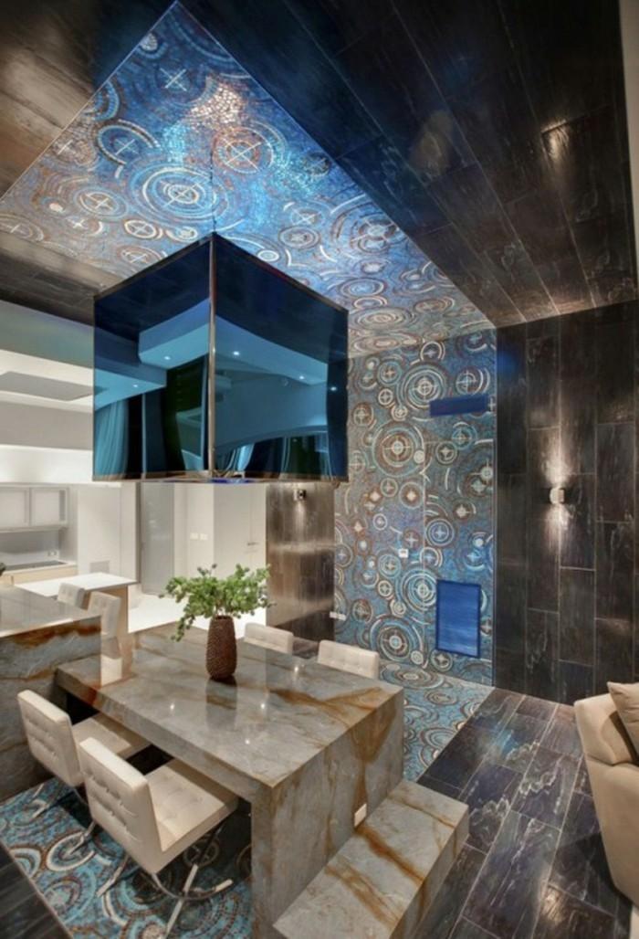 Decoration-plafond-en-bleu-mosaique-resized