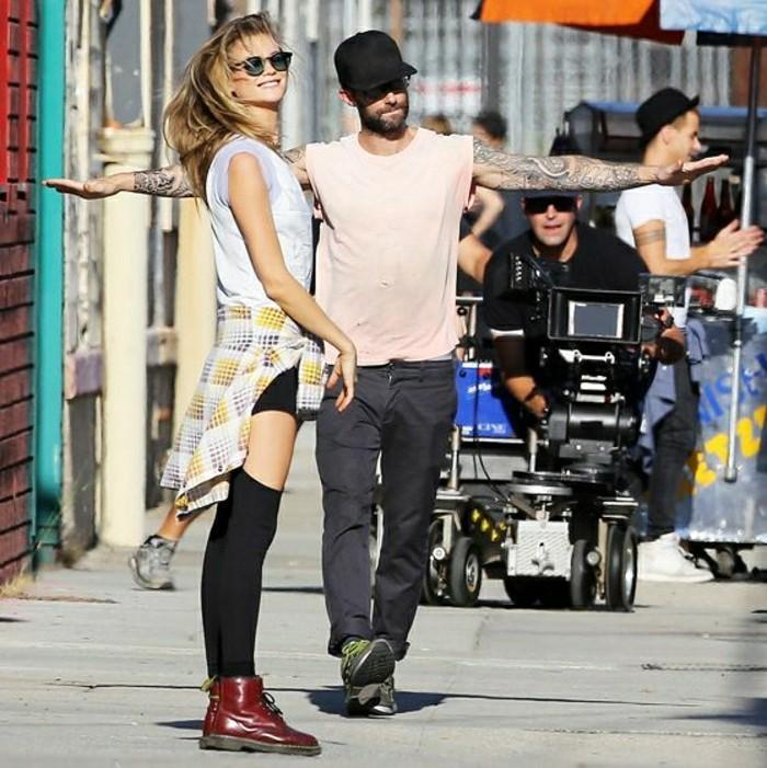 adam-levine-et-behati-prinsloo-couples-celebres-les-plus-celebres-couples-de-hollywood