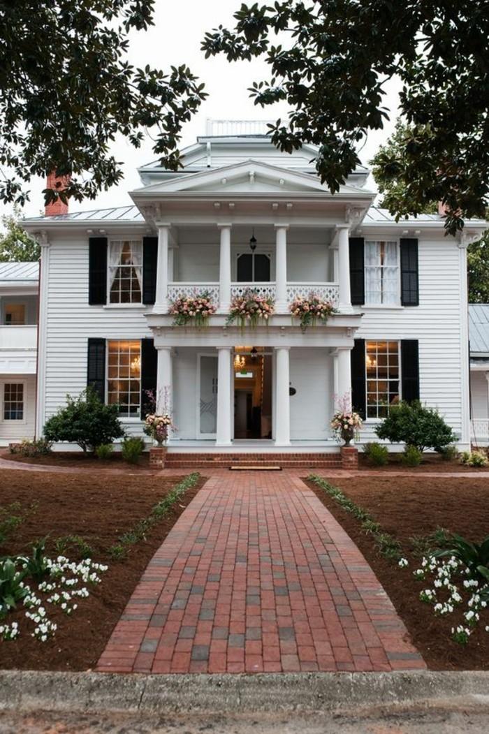 admirable-architecture-classique-maison-coloniale-modernisée-americaine
