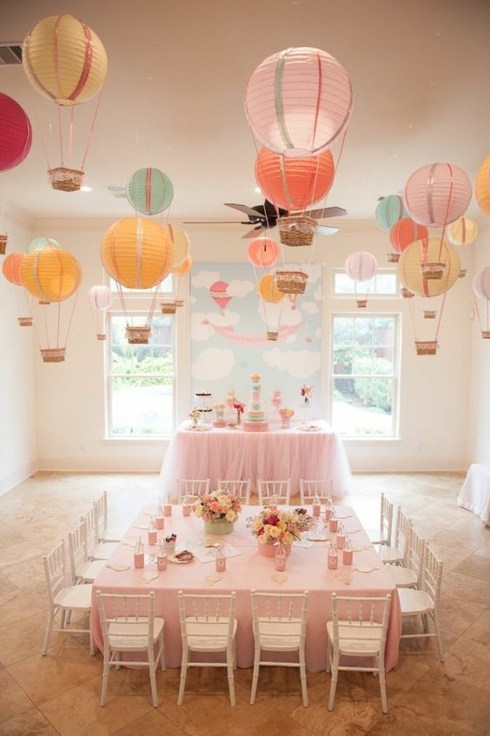 admirable-festive-decoration-table-anniversaire-rose-baloons