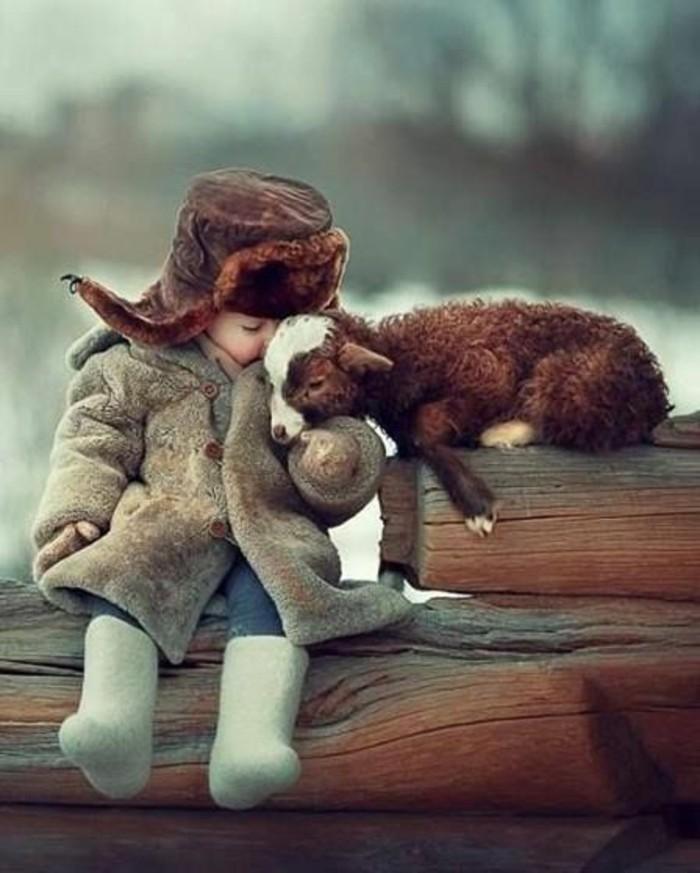 adorable-animal-mignon-petit-animal-mignon-bébé-et-ami