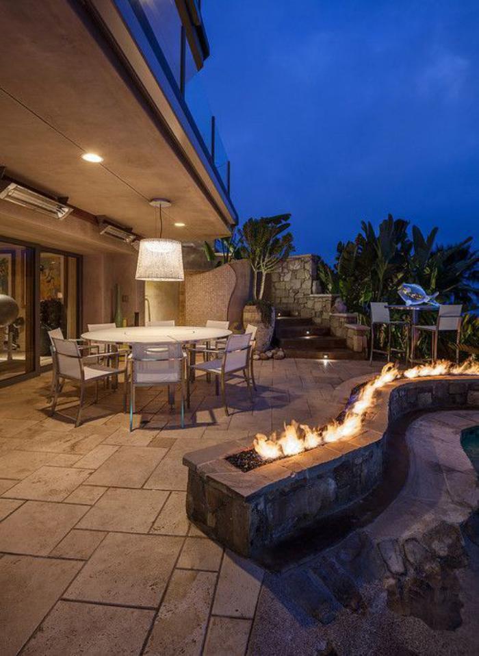 aménagement-extérieur-stylé-maison-moderne-luxueuse