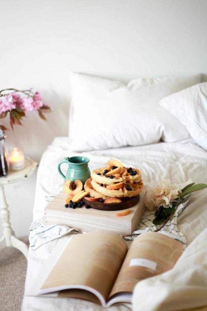 architecture-lumiere-et-ombres-cool-idée-design-petit-déjeuner-dans-le-lit