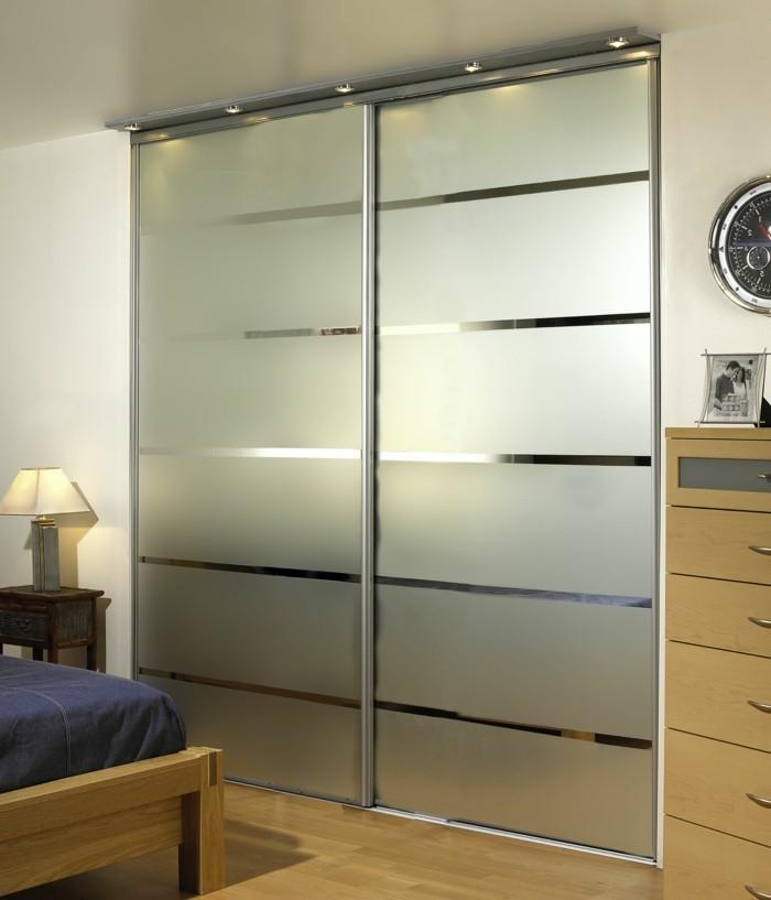 Armoire 2 portes coulissantes pour un style de rangement for Armoire chambre portes coulissantes